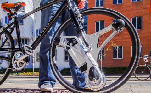 """これ欲しい!一瞬で普通の自転車を""""電動""""にしてくれるガジェットがすごい"""