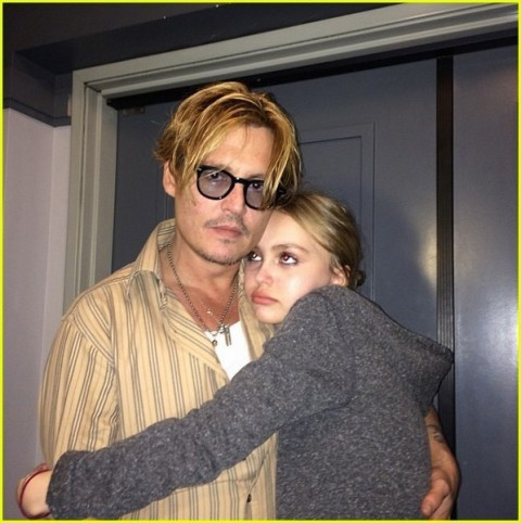 johnny-depp-talks-about-lily-roses-hospitalization-in-2007-02