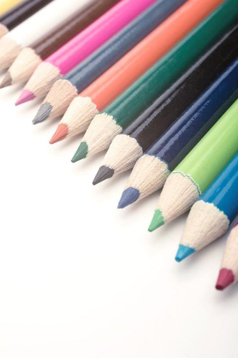 好きな色と似合う色は違う?自分に似合う色の見つけ方を紹介します!