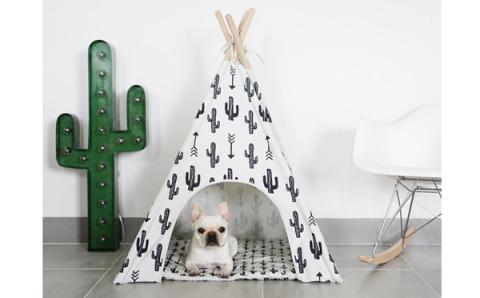 わんこもグランピング!?ミニマルなデザインの犬用テントがオシャレ