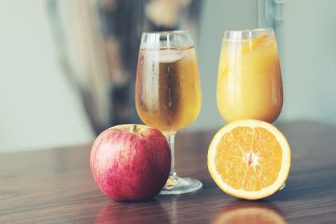 のどが渇く季節に参考にしたい! キレイになれる飲み物とキレイを奪う飲み物
