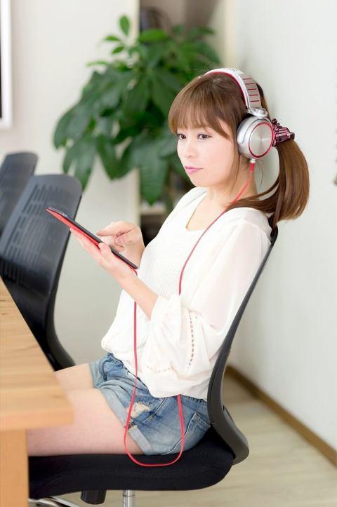 夏休みに聞きたい音楽邦楽から洋楽まですべてみせます!