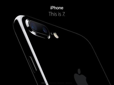 カメラの性能UP。おサイフケータイ。iPhone 7を女子が欲しくなる理由を聞いてきた