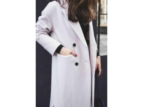 モデル佐藤ありさコラボ「今、本当にほしい服」販売決定