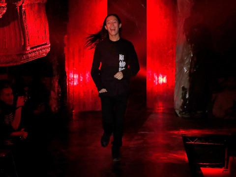 アレキサンダー・ワンのレタードファッションは「No After Party」必要なのは、楽しいことだけ #NYFW