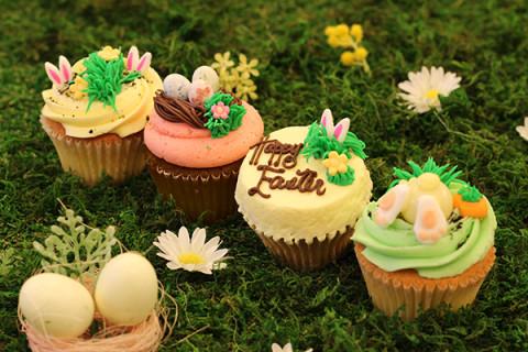 LOLA'S-Easter2