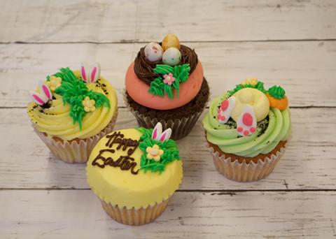 LOLA'S-Easter3
