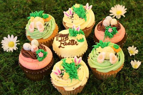 LOLA'S-Easter