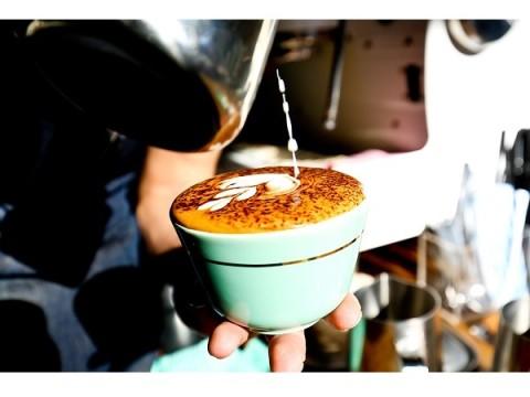 コーヒーとベーカリーに舌鼓!NZ発ブティックカフェ新店舗