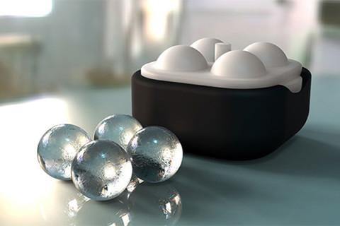 冷たいドリンクがグンとおいしくなる♡クリスタルのような澄み切った氷のボールが作れるアイストレー