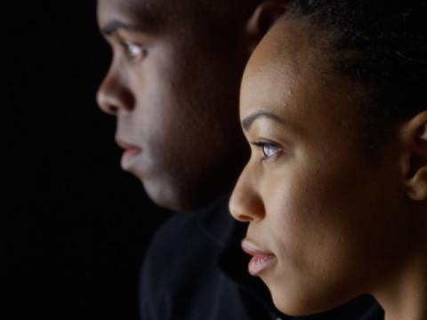 「白人中心の物語の世界観を一変させたかった」オール黒人モデルによる、不思議の国のアリス