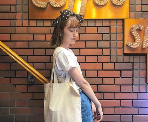 夏のコーデにスカーフをプラス♡おしゃれインスタグラマーに学ぶ、秋っぽスカーフアレンジ
