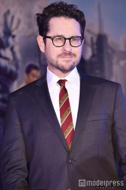 「スター・ウォーズ/エピソード9」、公開日延期へ 新監督を発表
