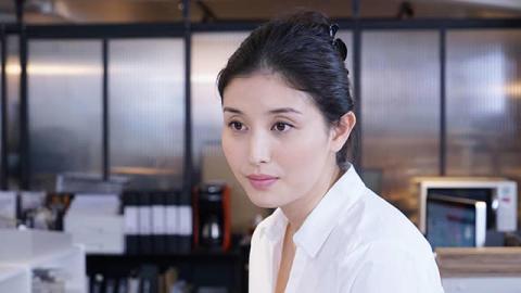 """橋本マナミが出演決定!""""クール""""な女性建築士に!"""