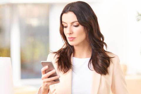 片思いの男子に連絡する頻度はどれくらいが正解?