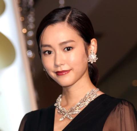 新婚・桐谷美玲、Xmasの予定は未定「仕事か仕事じゃないのかわからない」