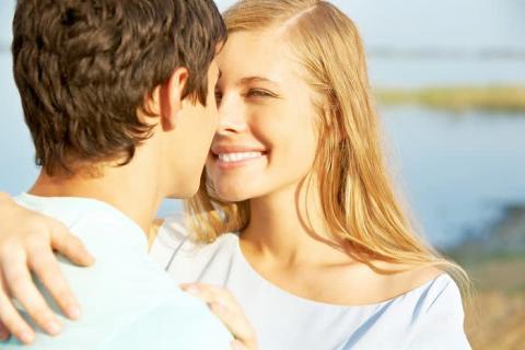 言葉?態度?男子が彼女にされると嬉しい愛情表現3選
