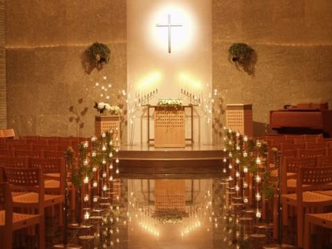 クリスマスは大切な人と!本格派協会で礼拝&キャロルを