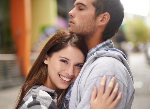愛が冷めた?彼に愛されてるのか不安に感じたら見直したい3つのこと