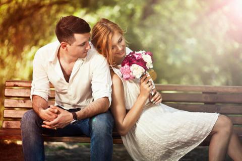 プロポーズはまだ?彼の結婚願望を刺激するコツ