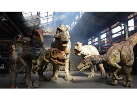 渋谷に恐竜出現!? 体験型エンターテインメント「DINO SAFARI」開催