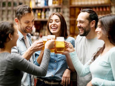 職場の飲み会での女子の行動