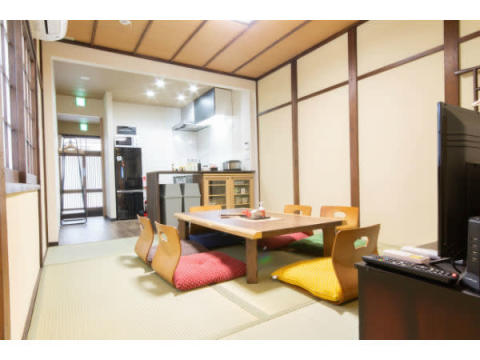 食から日本に触れる家!体験型民泊「GOEMON」大阪に誕生
