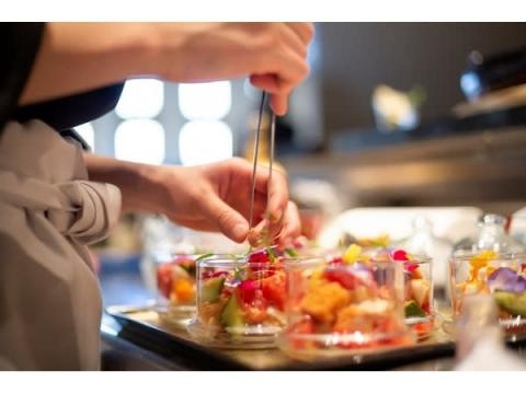 """ホテルシェフが指南!旬野菜を使った""""夏ばて解消""""料理教室"""