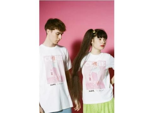 『X-girl』が原宿発のブランド『LABRAT』とコラボ