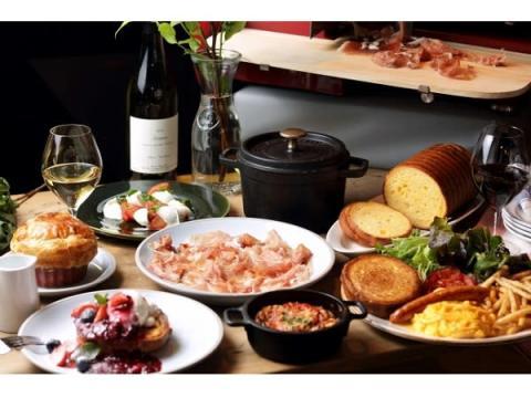 ココット料理と生ハム、ワインを楽しむ「BON COCOTTE」