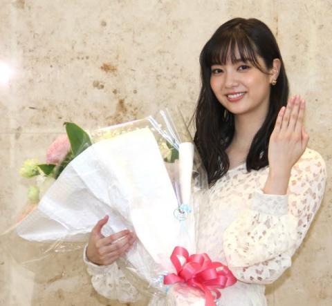 新川優愛、結婚相手は9歳年上のロケバスドライバー 交際前に不倫確認「結婚されていますか?」