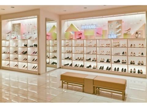 伊勢丹新宿店本館の婦人靴フロアがリフレッシュオープン!