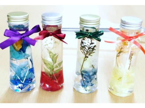 揺らめくお花が魅力的!人気のハーバリウムを作れる体験教室