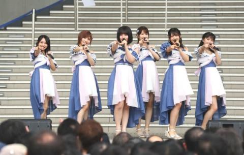 """AKB48新センター矢作萌夏が宣言「みんなを""""すち""""にさせたい」"""