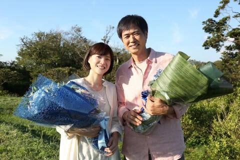 上野樹里『監察医 朝顔』クランクアップ 時任三郎へ「最高のお父さん」