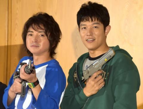 藤原竜也&鈴木亮平、小学生役に違和感なし「子ども心を持っているからか…」
