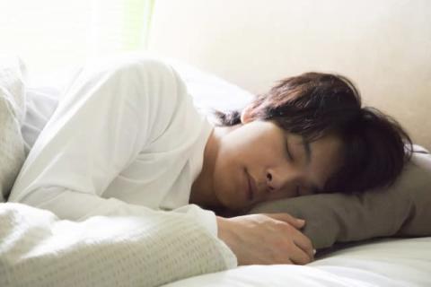 中村倫也、主演映画で一人7役に挑戦「やっかいだなあ~と 笑」 『水曜日が消えた』来年公開
