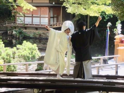平野ノラ、結婚式で白無垢姿 キャラ全開で喜び「#okバブリー」