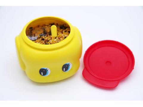 黄色い容器でお馴染みのキュートな糊がふりかけに大変身!