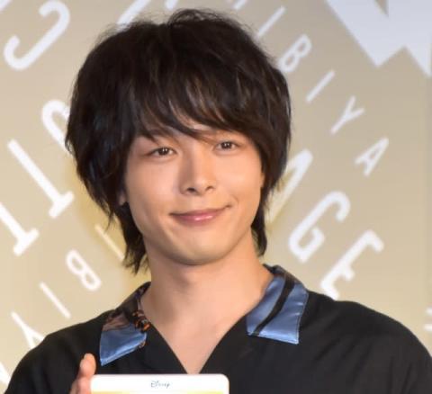 中村倫也、『アラジン』大ヒットに「おったまげ~」 『凪のお暇』現場で凪と「ホール・ニュー・ワールド」
