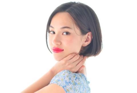 水原希子、幼少期ショット公開「どの時期もめっちゃ可愛い」「美少女すぎ」