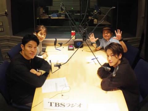佐藤健、鈴木亮平、松岡茉優がラジオで息ピッタリのかけあい