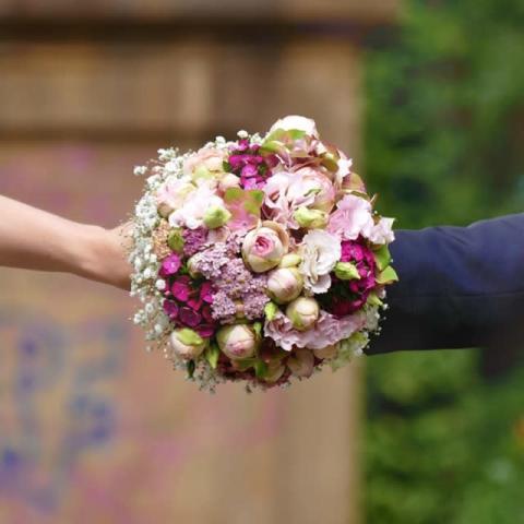城島茂の妻・菊池梨沙、結婚後初ツイート 妊娠中の心境吐露、激励の声に感謝
