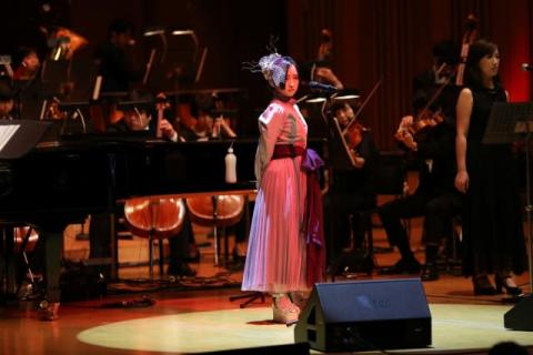 悠木碧、全編オーケストラ公演で観客魅了 来年1・15新曲「Unbreakable」発売報告も