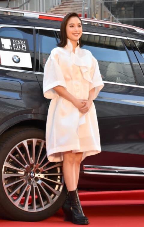 【東京国際映画祭】秋晴れのもと盛大に開幕 広瀬アリスがレッドカーペット登場