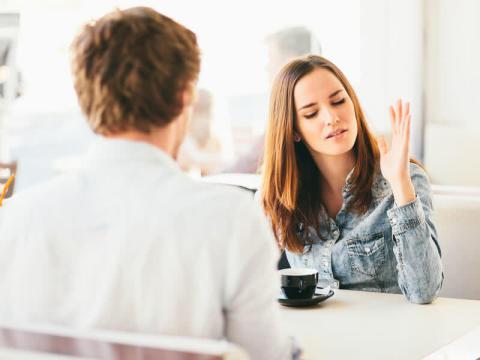 扱いにくいよ…男性が「仲良くはなれない」と敬遠する女子って?
