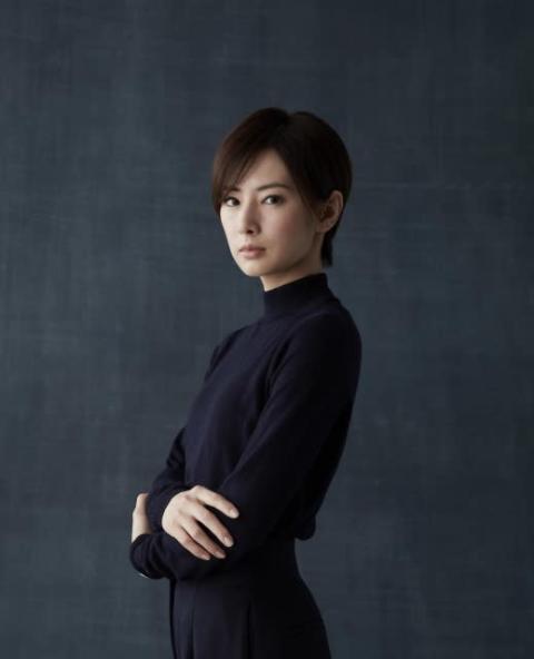 """北川景子、初の""""ショートヘア""""に 主演役作りで30センチ以上カット「別人になれた」"""