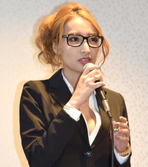 加藤紗里、不動産会社代表の男性と9月に結婚「美しい主婦になりたい」