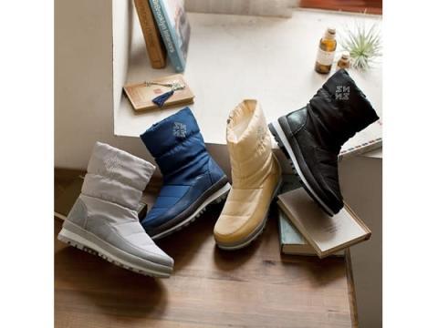 はっ水加工&内側ボアで雪の日も暖か!優しい履き心地の万能ショートブーツ