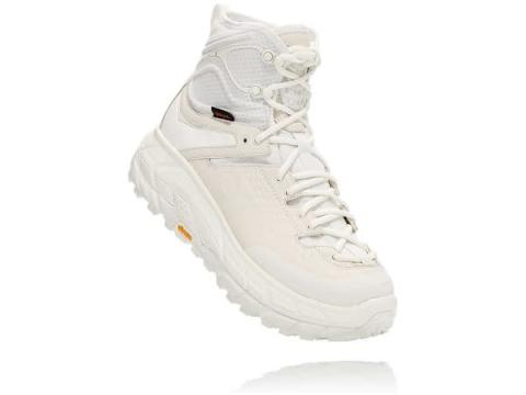 HOKA ONE ONE × OPENING CEREMONYの第二弾はオールホワイトのブーツ